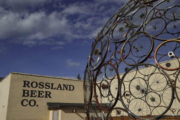 ROSSLAND BEER CO.