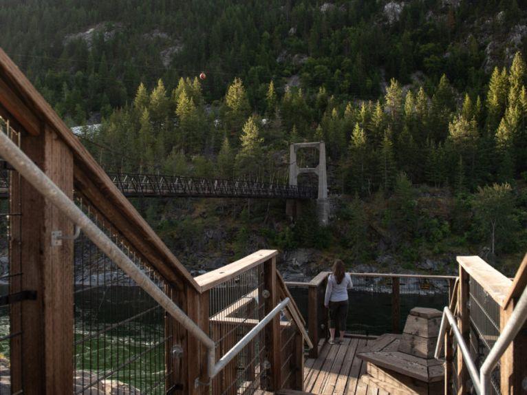 BRILLIANT BRIDGE